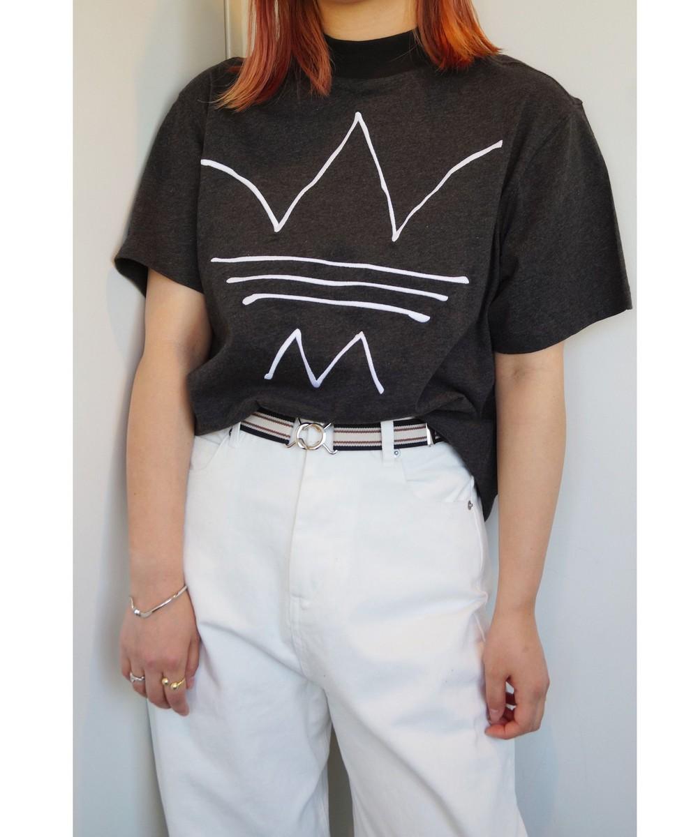 adidasボトルネックTシャツ