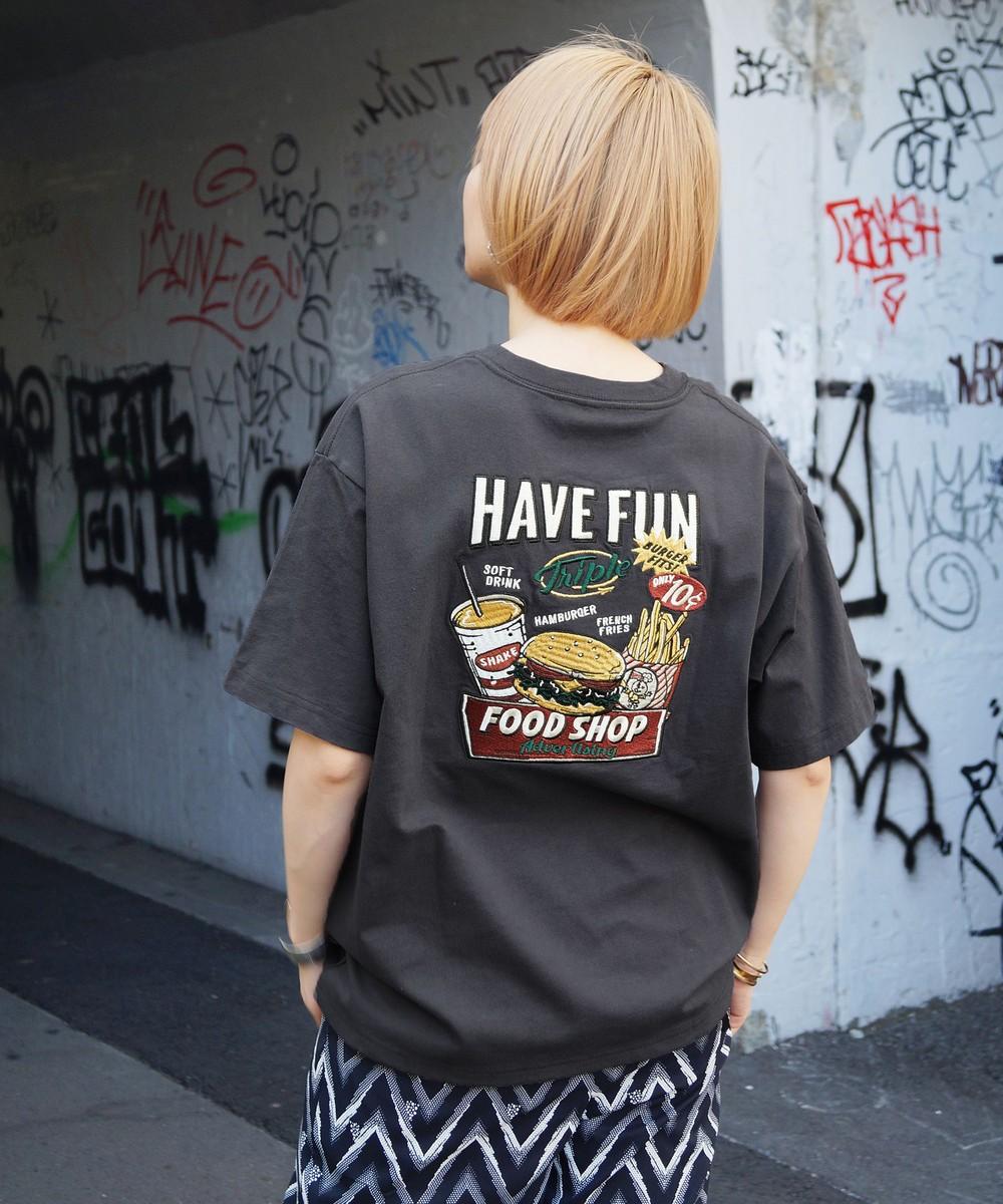 刺繍イラストTシャツ