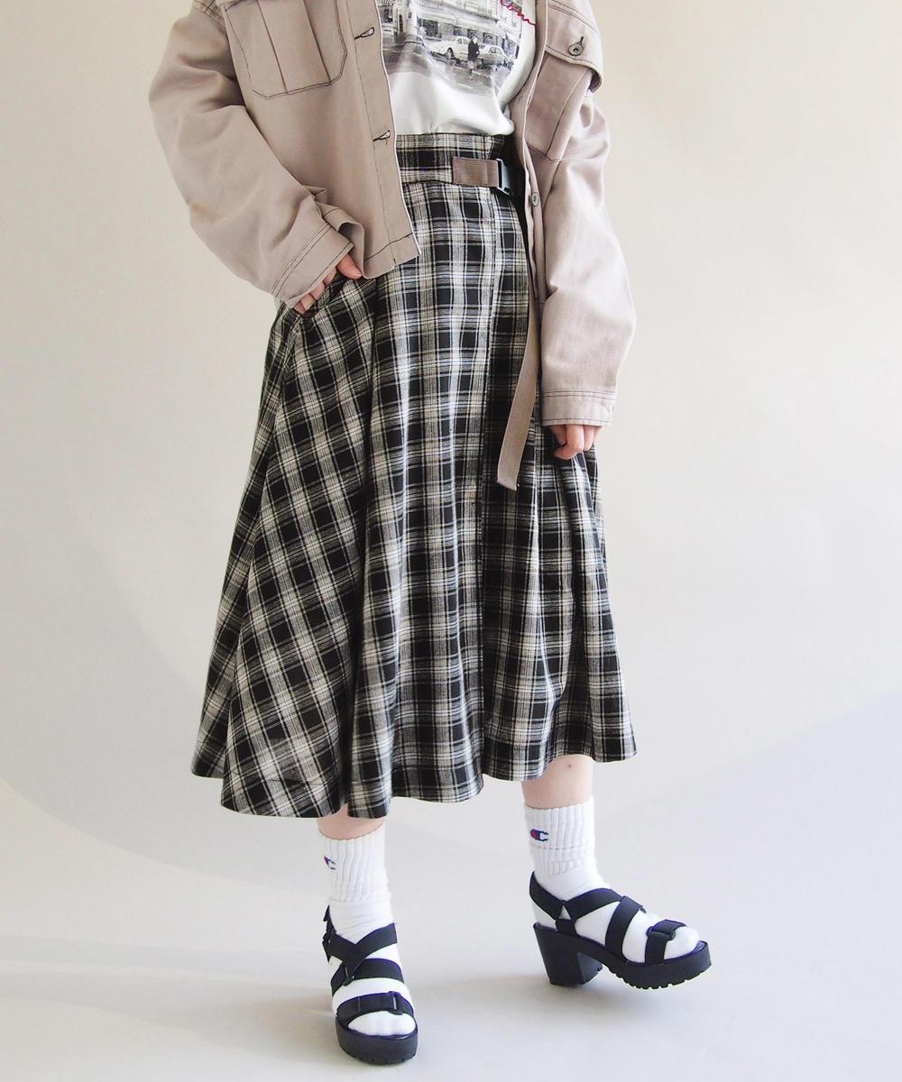 ミモレ丈フレアスカート