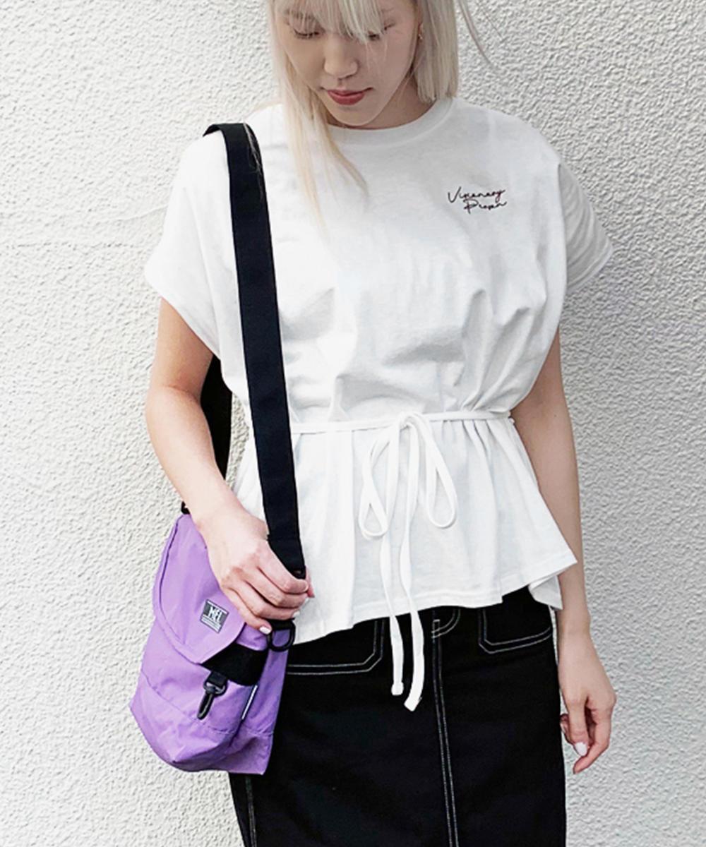 ドロスト式ロゴTシャツ